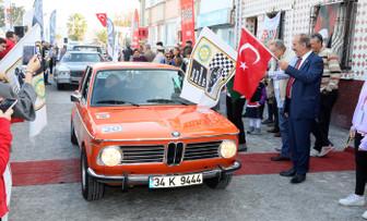 Klasik otomobiller Mudanya'daydı