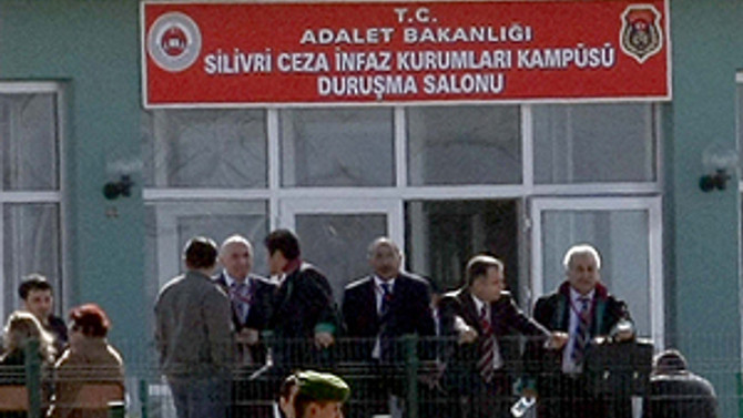 Ergenekon davasında 2 kişi tahliye oldu