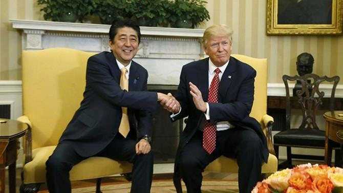 Trump'tan Abe'ye 'Kuzey Kore' desteği