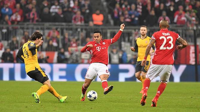Bayern Münih ve Real Madrid avantaj sağladı