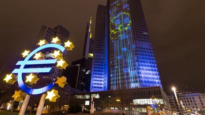 'ECB'nin sabırlı yaklaşımı sürmeli'
