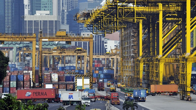 Singapur'da petrol dışı ihracat arttı