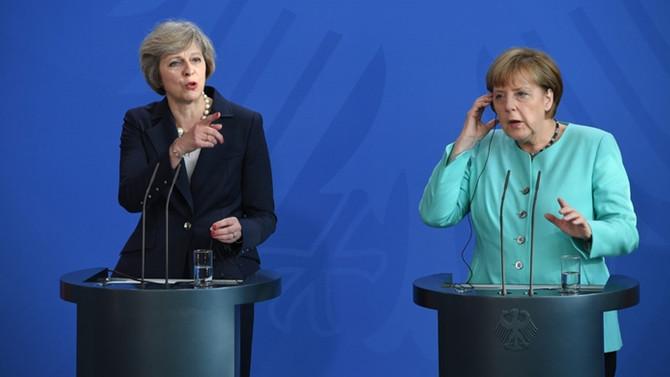 Brexit sonrası savunma paktı gündemde