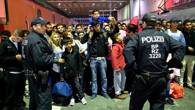 Alman şirketleri mülteci istihdamı için istekli