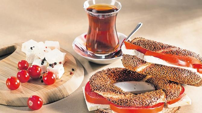 Hiçbir kahvaltı simitle çayın yerini tutamaz
