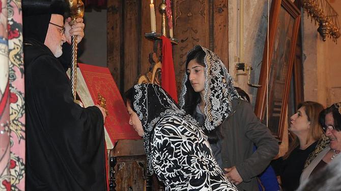 Mardin'de Paskalya Bayramı düzenlenen ayin ile kutlandı