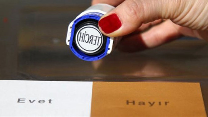 CHP, referandum iptali için YSK'ya başvurdu