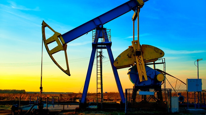 Petrolde düşüş baskısı sürüyor