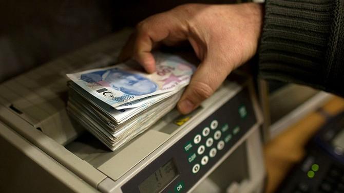 Bütçe mayıs ayında 6,4 milyar lira fazla verdi