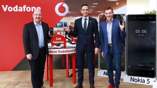 Nokia, Vodafone işbirliğiyle Türkiye pazarına geri dönüyor