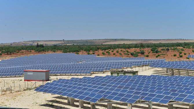 Köylülerin elektriği güneşten