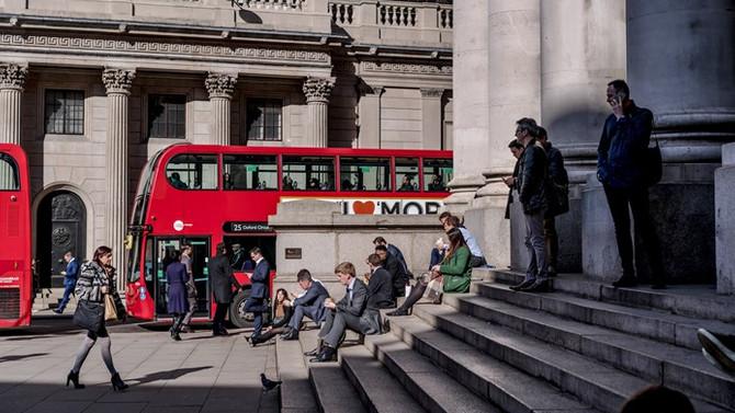 İngiltere'de işsizlik 42 yılın en düşüğünde