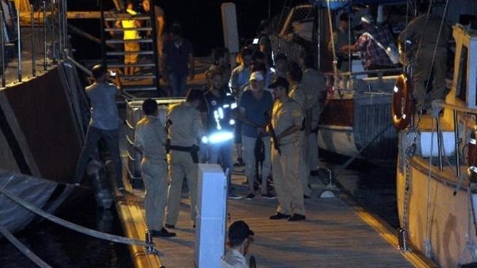 Firari FETÖ'cüler tekneyle kaçarken yakalandı