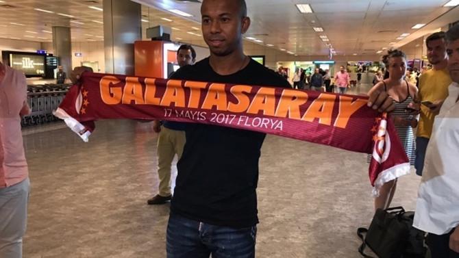 Galatasaray'ın yeni transferi Mariano İstanbul'da