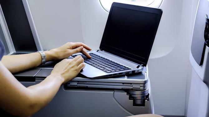 ABD, Suudi Arabistan'a laptop yasağını kaldırdı