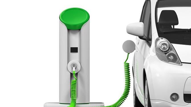 Hindistan 2030'da sedece elektrikli otomobil satacak