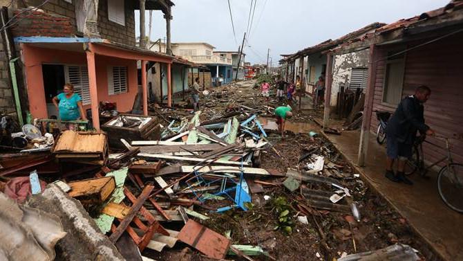 Kasırgaların maliyeti 200 milyar doları bulacak