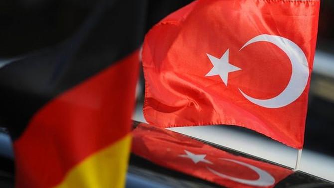 Almanya'da Türklerin iltica taleplerinin çoğu reddedildi