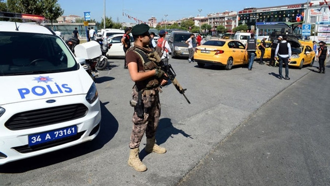 İstanbul'da taksi ve minibüslere denetim