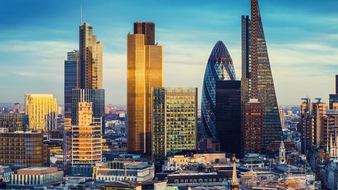 Londra'da konut fiyatları keskin düşüşte
