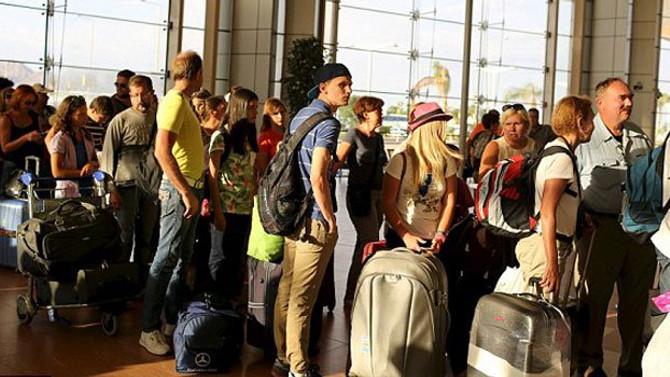 Turist sayısındaki düşüş ekimde de sürdü