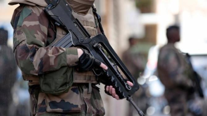 Fransa, DKC'ye asker gönderiyor