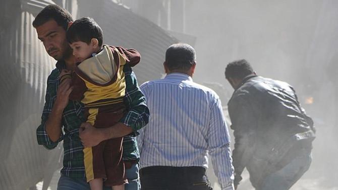 İdlib'de pazar yerine saldırı: 40 ölü