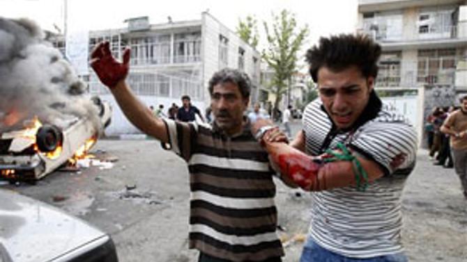 İran'daki gösterilerde 457 kişi yakalandı