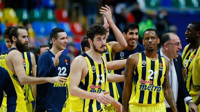 Fenerbahçe, Sırbistan deplasmanında