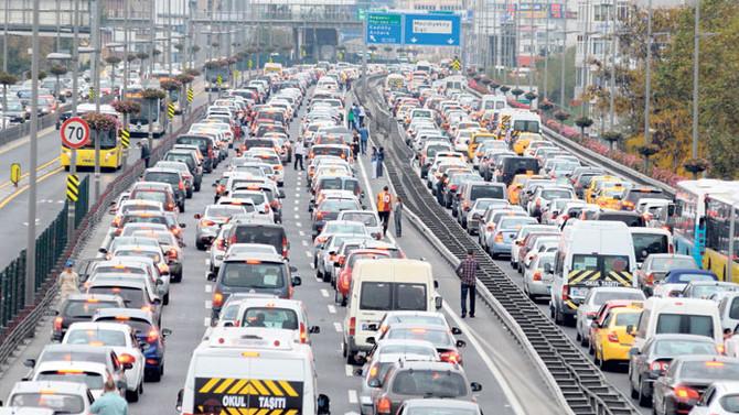 İstanbul'daki trafiğin bedeli 6 milyar lira
