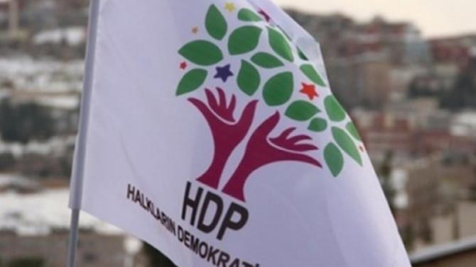 HDP'li il başkanının eşi FETÖ'den tutuklandı