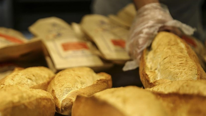 Ekmeğin gramajı ve fiyatına israf ayarı