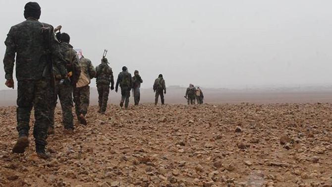PYD Suriye'nin en büyük 2. petrol sahasını ele geçirdi