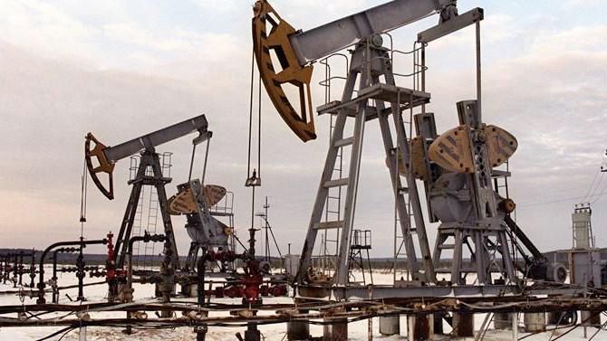 Fitch: Petrol 60 dolar üzerinde kalıcı olmaz