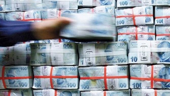 Bütçe ekimde 3.3 milyar TL açık verdi