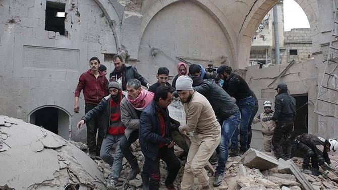 Halep'te pazar yerine saldırı: 63 ölü