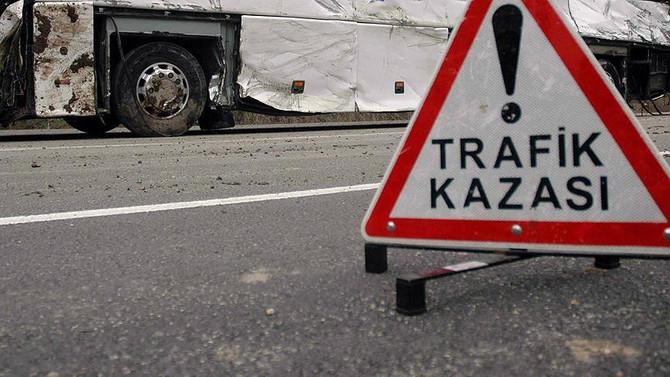TEM'de kaza meydana geldi, trafik durdu
