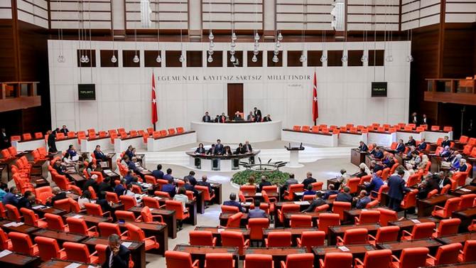 Yeni torba teklif Meclis'e sunuldu