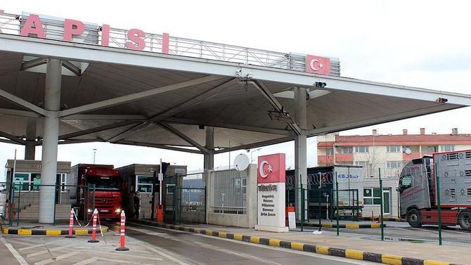 Avrupa'ya açılan sınır kapılarında TIR kuyruğu