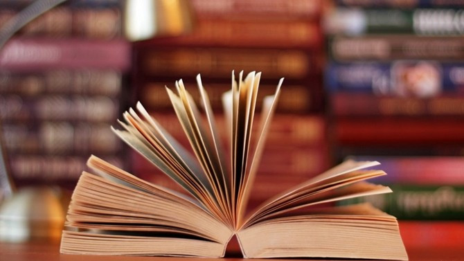 Kitaplı kalın...