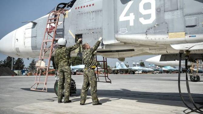 Rusya: İki üssümüz IŞİD'den sonra da kalabilir