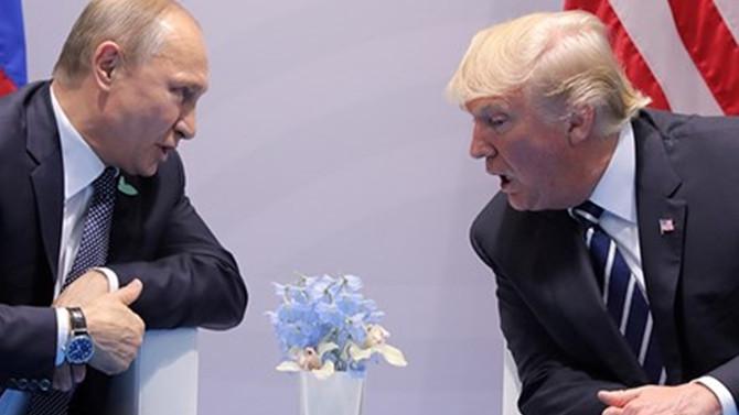 Trump ile Putin bir araya geliyor