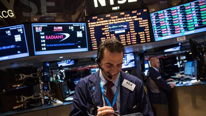 Dow Jones tarihinde ilk kez 24 binin üstünde kapandı