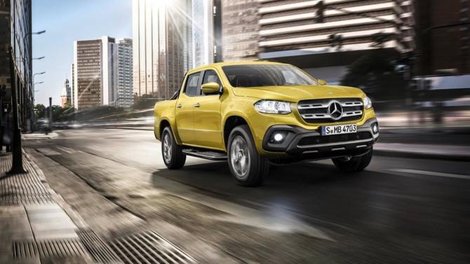Mercedes-Benz'in yeni pikapı Türkiye'de satışa sunuldu