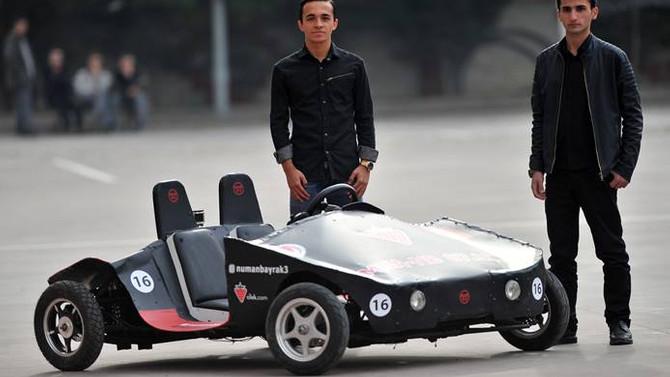 Liseli öğrencilerin prototip aracı tanıtıldı