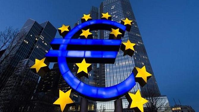 Euro Bölgesi'nde ekonomik faaliyet güçlendi