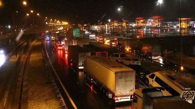 İstanbul-Ankara Otoyolu'nun Bolu kesimi ulaşıma açıldı