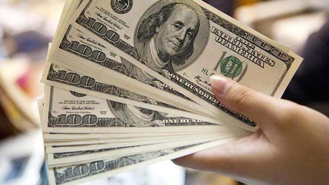 Dolar/TL'de yatay seyir sürüyor