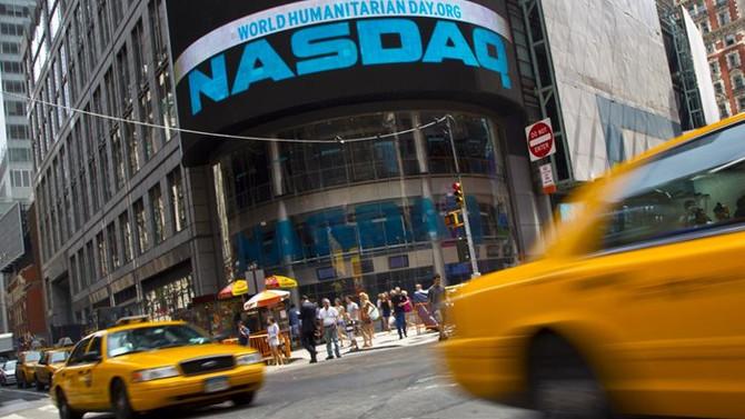 S&P 500'de kayıplar sürdü, Nasdaq yeniden artıda