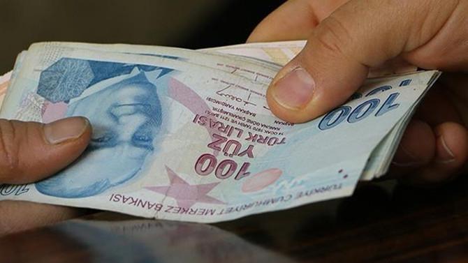 Emeklilere toplam 2,5 milyar lira ikramiye